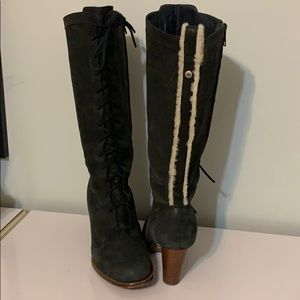 UGG leather & sheep skin heeled boot size 9